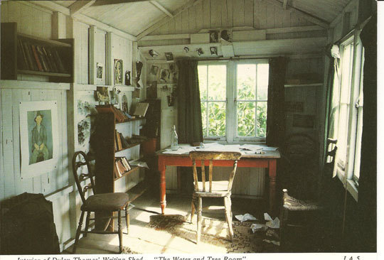 writing-hut-thomas-2